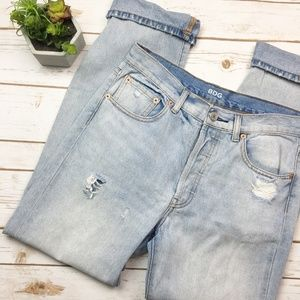 Urban Outfitters distressed boyfriend jeans 28